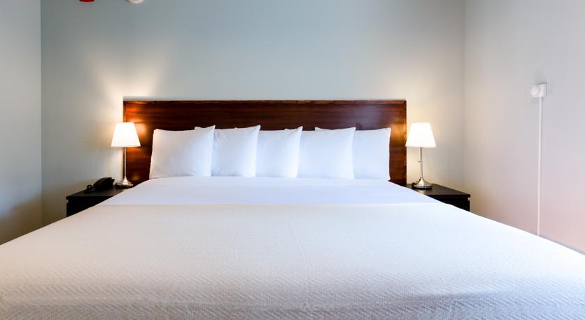 hoteles baratos long island city