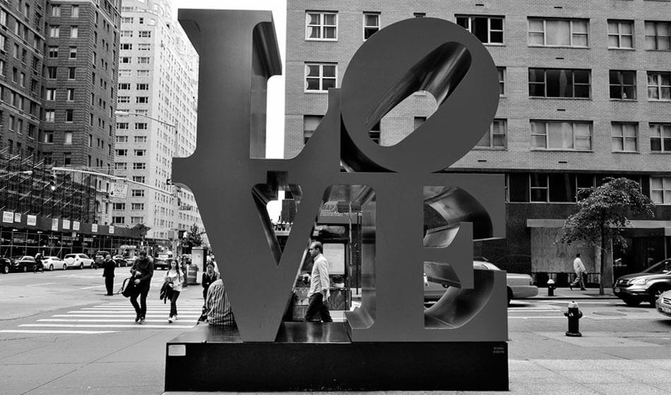 escultura love nueva york