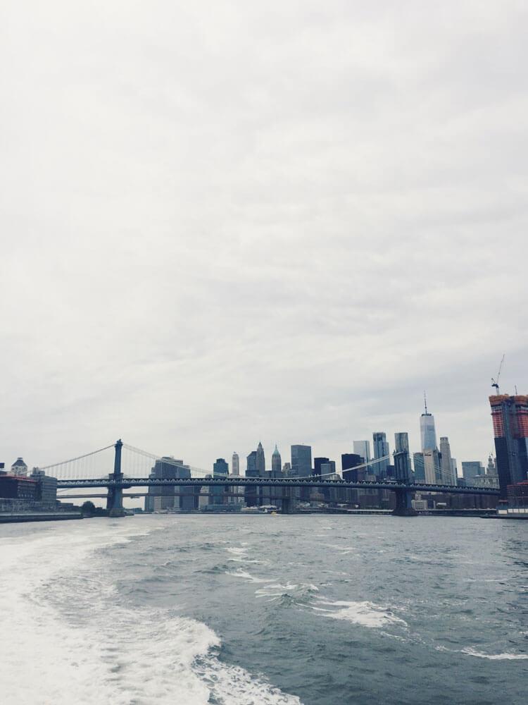 Vistas desde el ferry de Nueva York