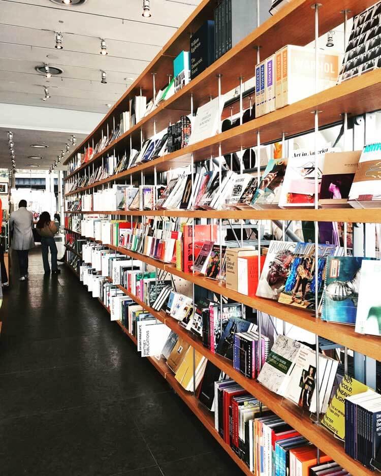 La librería del Whitney Museum of American Art en Nueva York